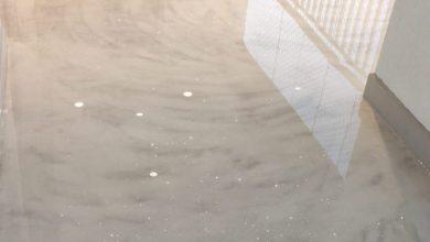 Resina epóxi incolor sobre concreto